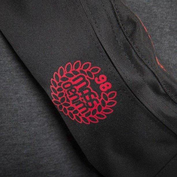 MASS SASZETKA NERKA BASE 013 FW BLACK-RED