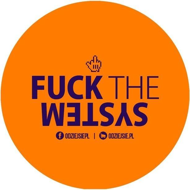 Odziejsie Wlepka Fuck The System Orange