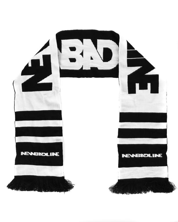 Szalik New Bad Line Classic Black-White